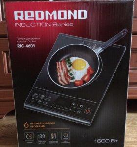 """Индукционная плита """"Redmond"""""""