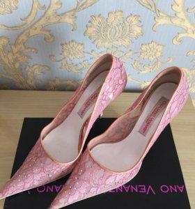Туфли женские итальянские