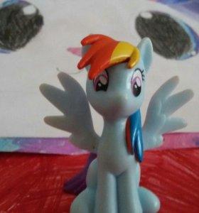 Фигурка пони
