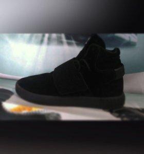 Кроссовки Adidas Tubular Invader