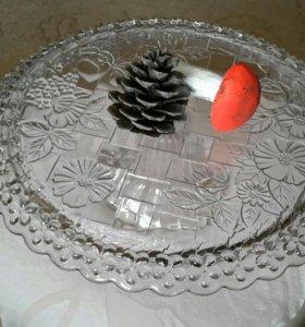Блюдо для торта диаметр 30 см.
