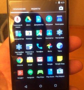 Смартфон Nexus 4 (LG e960)