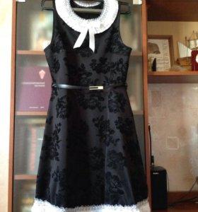 Платье женское авторский дизайн, р.44-46 б/у