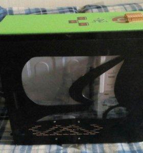 Корпус с окном стилизованный под игру Minecraft