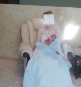 Продается свадебное платье.