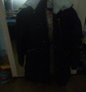 Зимняя курточка в отличном состоянии