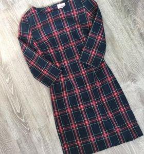 Платье новое Mollis 40 размер