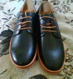 Продам туфли мужские размер 40