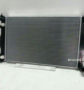 Радиатор основной для Audi A4 2.4L (00-07)