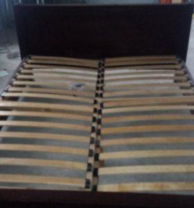 Кровать двухспальная из бука