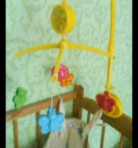 Кроваточка детская с плюшками