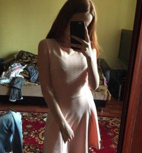 Персиковое платье. Bershka