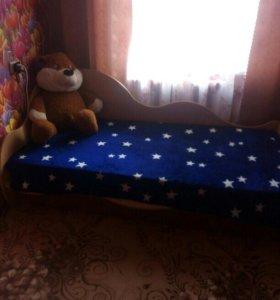 Кровать  б/у.