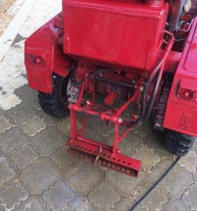 Трактор т-02