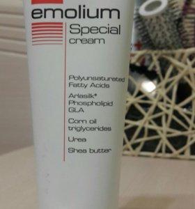 Крем Эмолиум специальный