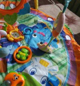 коврик развивающиеся с игрушками и круг на шею