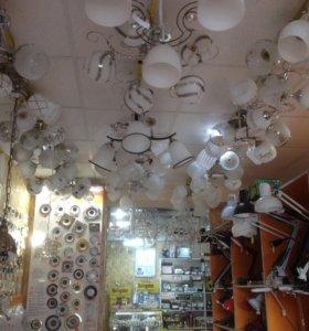 Люстры, светильники, лампы. Чкалова 28а. Мир света