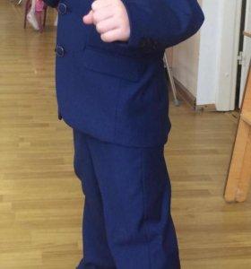 Тройка синего цвета (брюки, жилетка, пиджак)