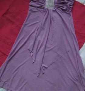 Нежное новое платье 42-44р