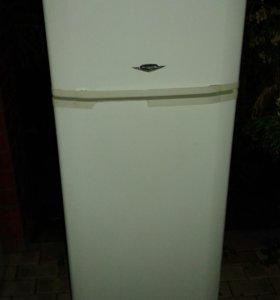 Холодильник Vestel в отличном состоянии