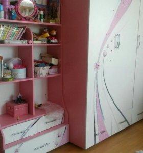 Детская мебель (3 шкафа)