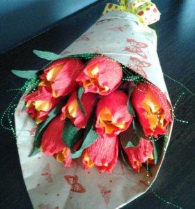 Букет из конфет тюльпанов