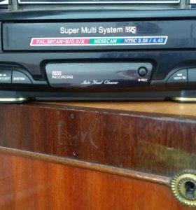Продам видео магнитофон с видео библиотекой