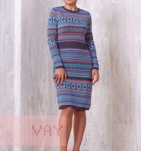 Платье тёплое, новое