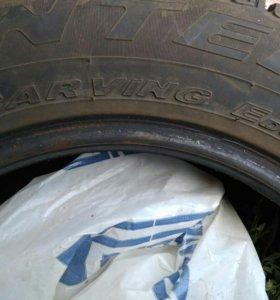 Зимние,шипованные шины Pirelli