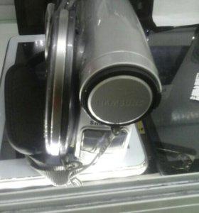 Т107 гарантия обмен 25 08 Видеокамера Samsung