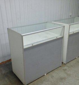 Прилавок-витрина и металические сетки