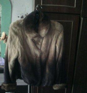 Норковая куртка б/у .