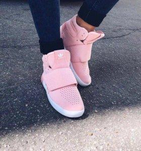 Новые кроссовки adidas 36р-р