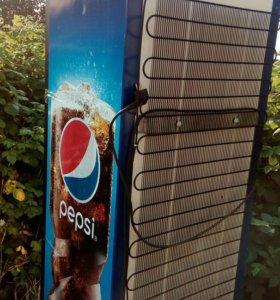 Продам холодильник для охлаждения напитков