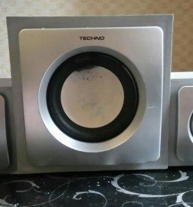 Продам акустическую систему 2.1, Techno