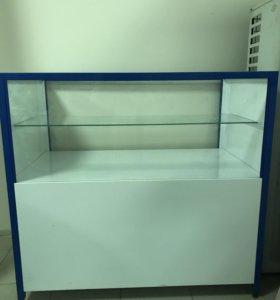 Прилавок-витрина для товара