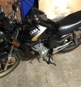 Отличный Yamaha Ybr 125