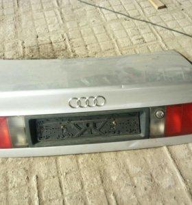 Крышка багажника А100 С4 1994г.