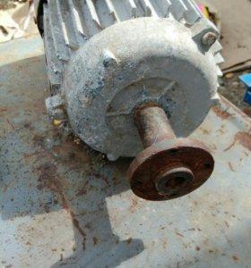 Электродвигатель 380V 1,5кВт 2850 оборот