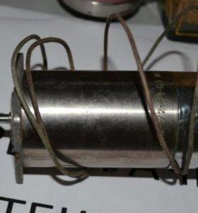Электродвигатель ДПР72-Ф1-03.