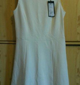 Платье новое 46 INCITY