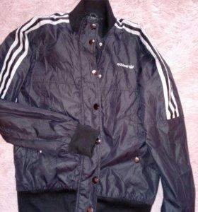 Куртка-ветровка адидас женская 44-46