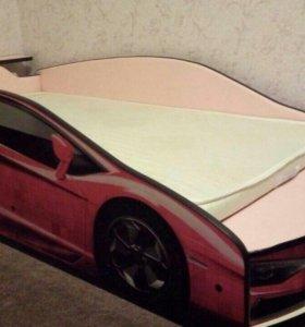Кровать-машинка. спальное место 80*160 см