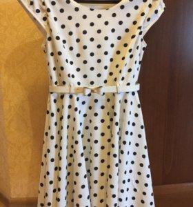 Платье на девушку 42-44