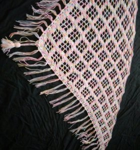 шаль ручной вязки