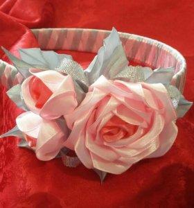 Ободок с розами ручной работы.