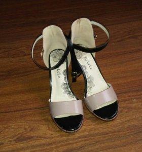 Обувь-босоножки