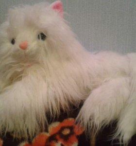большая мягкая игрушка-кошка