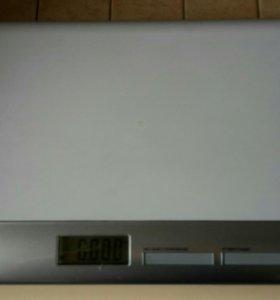 Весы электронные LAICA для новорожденных