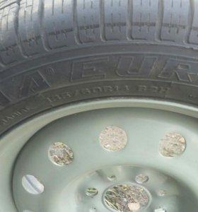 Продам комплект колес новые